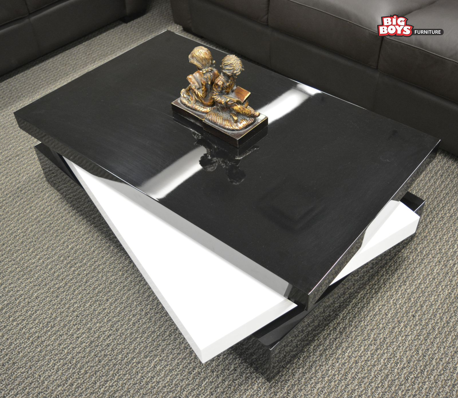 Latest designs of Coffee tables at discounted price